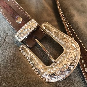 Nocona Genuine Leather Cross Belt